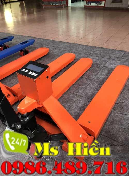 Xe nâng tay 3 tấn gắn cân chính hãng tại Hà Nội