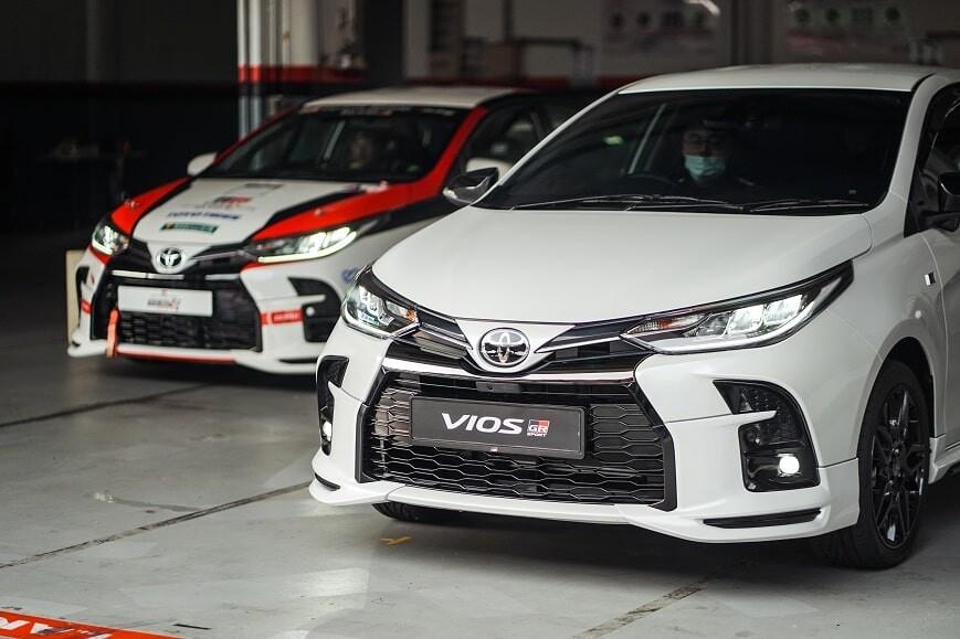 Xe ô tô 5 chỗ Toyota Vios GRS