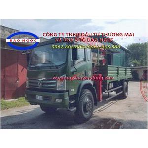 Xe tải 2 cầu trường giang gắn cẩu unic urv555