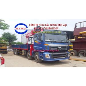 Xe tải 4 chân thaco auman gắn cẩu 7 tấn atom