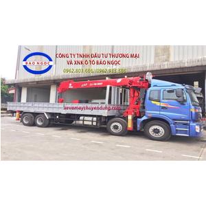 Xe tải 4 chân thaco auman gắn cẩu atom 12 tấn