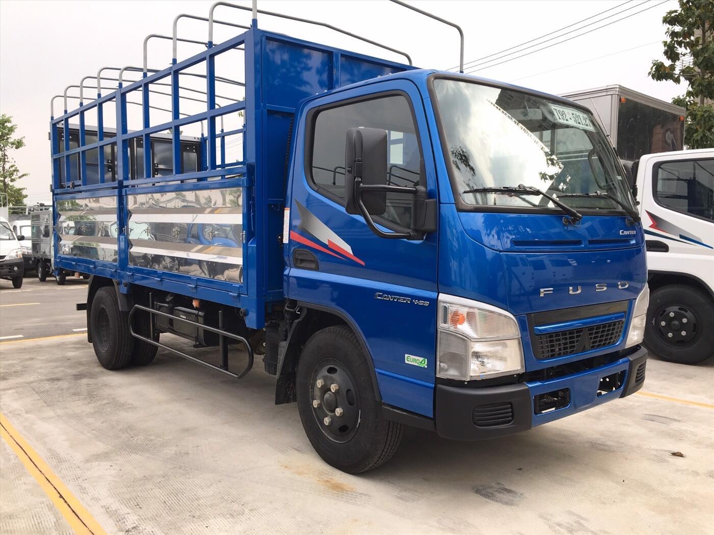 Xe tải Fuso Canter 4,99 - Thùng mui bạt - Tải 1,9 tấn / 2,3 tấn