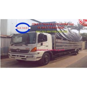 Xe tải hino FG chở mô tô xe máy thùng dài 10m