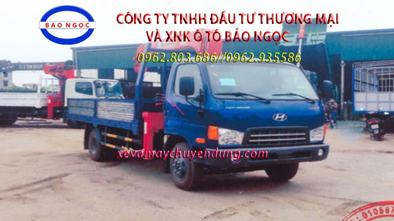 Xe tải hyundai HD700 gắn cẩu unic 343