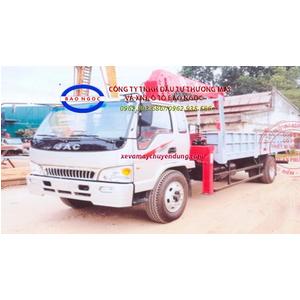 Xe tải jac 2 chân gắn cẩu unic 5 tấn 3 đốt (URV 553)