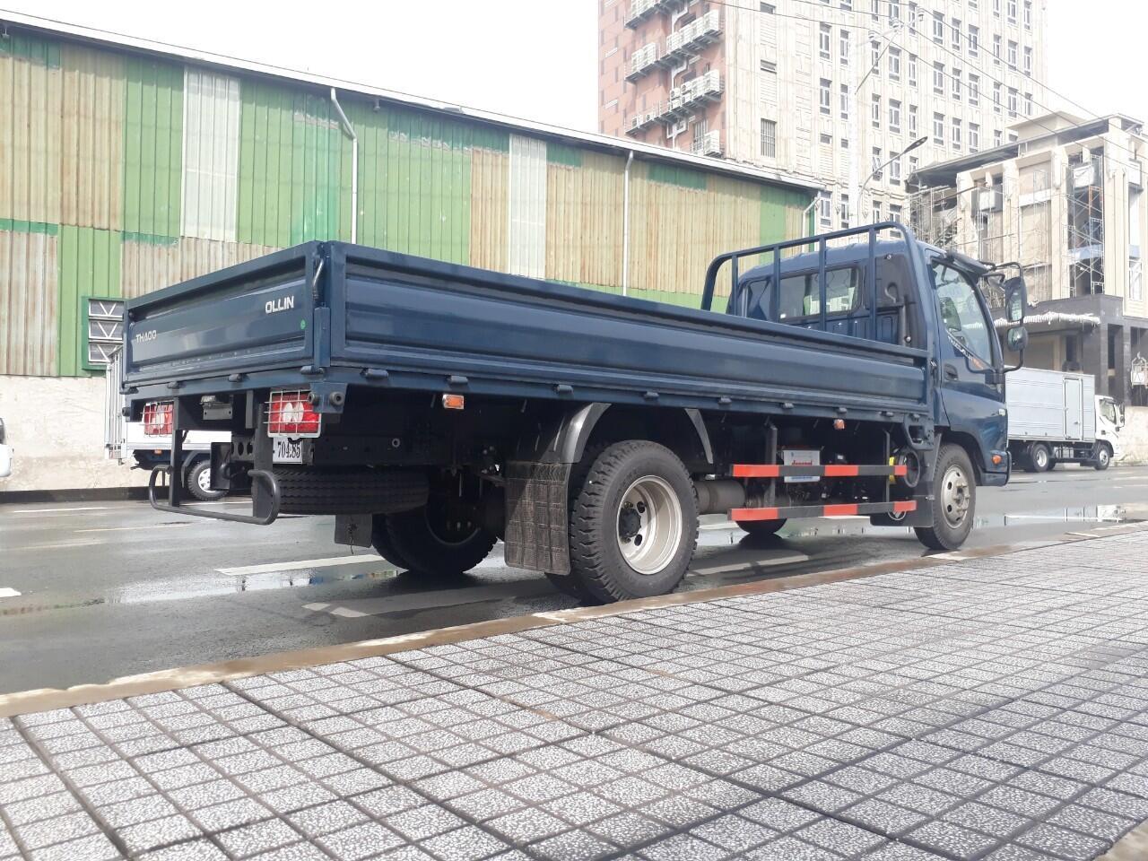 Xe tải Thaco Ollin 120 - Thùng lửng - Tải 7,5 tấn