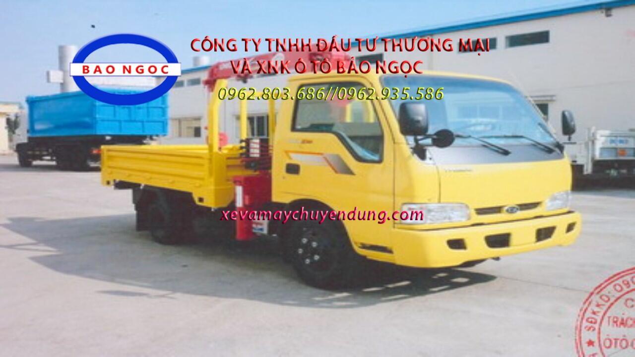 Xe tải thaco k165 gắn cẩu unic 2 tấn 3 đốt ( V230)