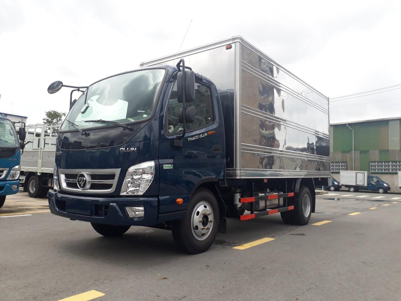 Xe tải Thaco Ollin 490/700 - Thùng kín - Tải 2,35 tấn / 3,49 tấn