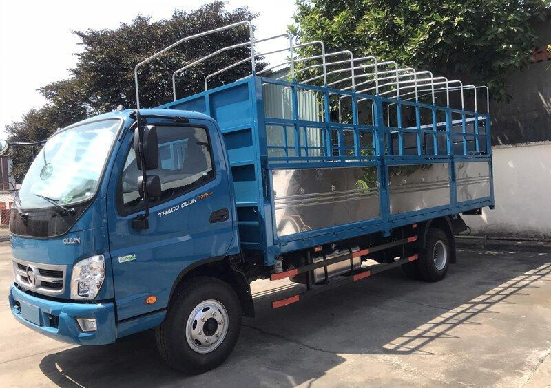 Xe tải Thaco Ollin 120 - Thùng mui bạt - Tải 7,1 tấn