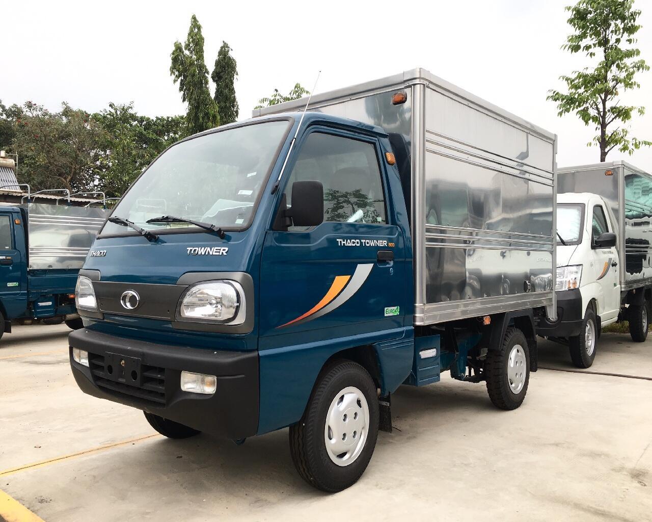 Xe tải Thaco Towner 800 - Thùng kín - Tải 990kg