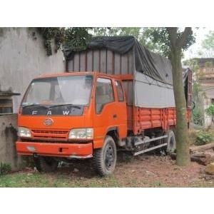 Xe thùng 5,5 tấn Faw Cabin kép, thùng dài 6,2 m, Đk 2011