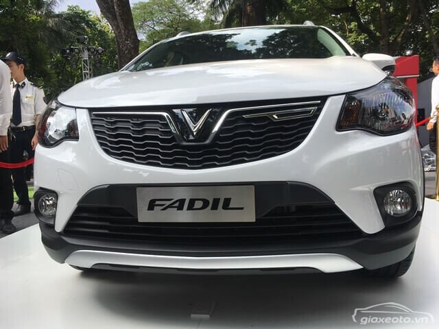 Đầu xe Fadil màu trắng