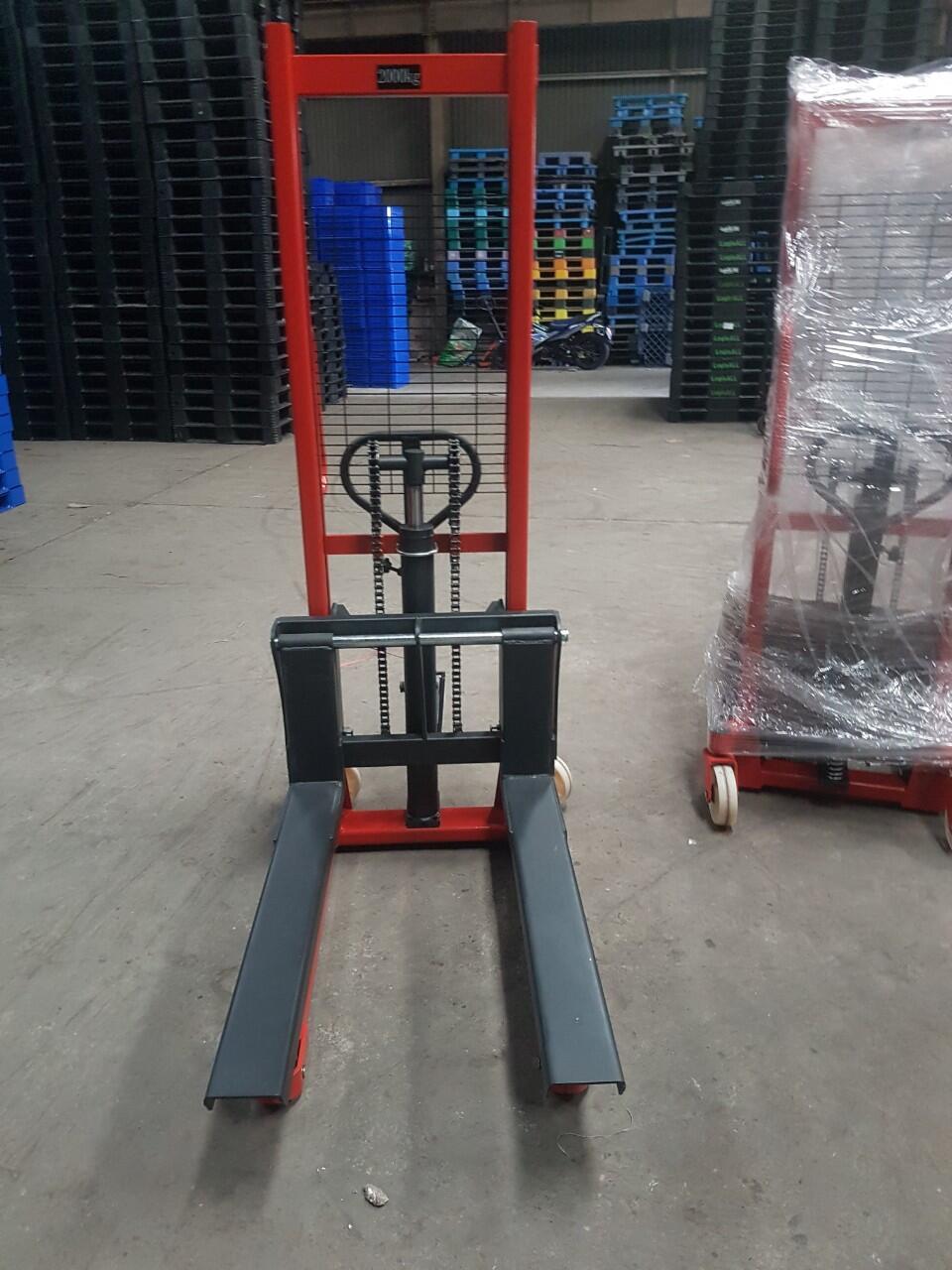 Xe nâng tay cao tải 2000kg Model CTY2T-1.6M